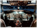 Boeing 737-200 Flight Deck.jpg
