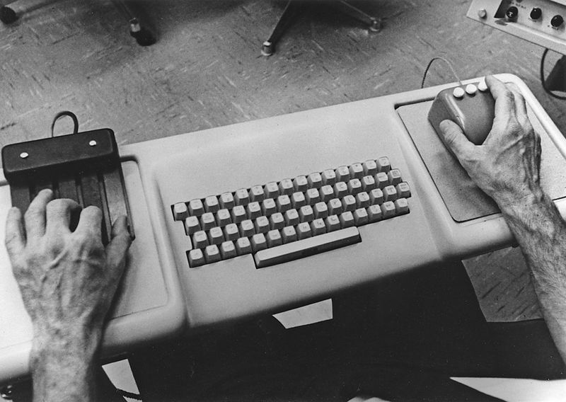 File:6-Engelbart-Keyset-Keyboard-Mouse.jpg