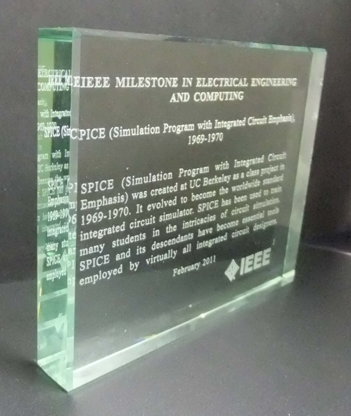 File:2010-01 SPICE milestone glass Plaque.jpg